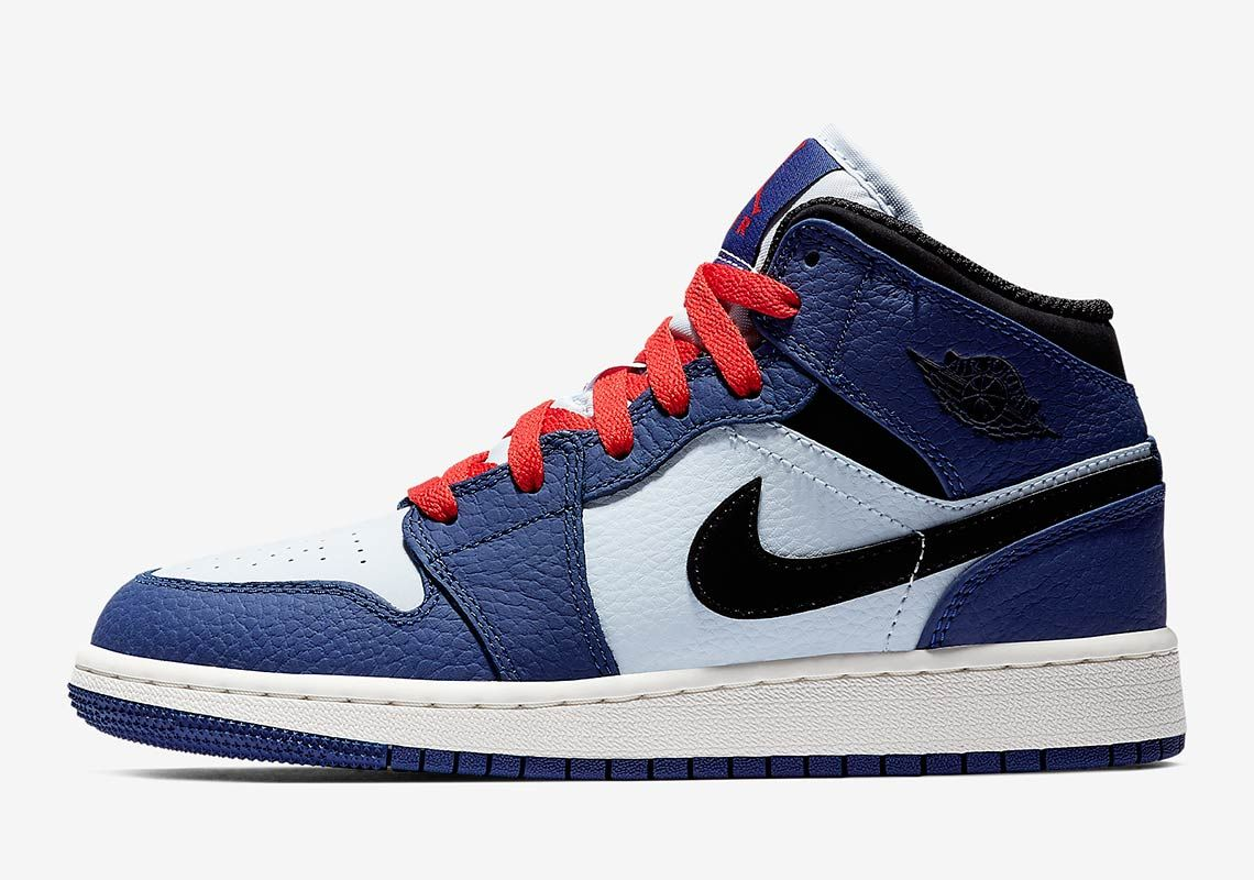 063ee95defd404 The Air Jordan 1 Mid For Grade School Sizes Is Here In Alternate  Spider-Verse