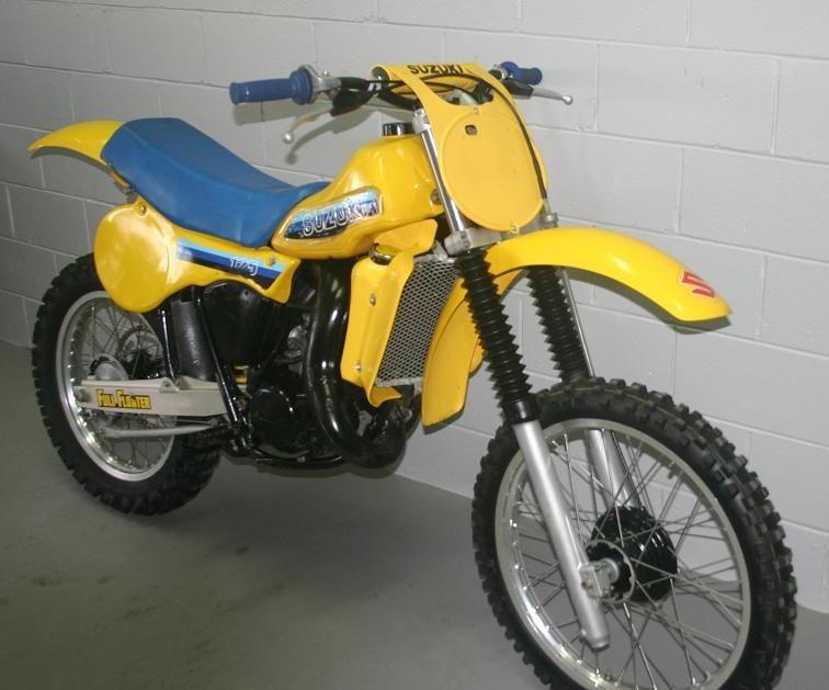 vintage motocross bikes for sale suzuki rm 125 1981. Black Bedroom Furniture Sets. Home Design Ideas