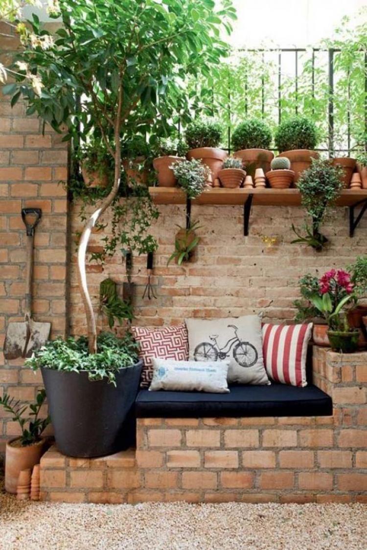 20 Admirable Diy Cool Garden Or Yard Brick Projects Ideas Http Homedecors Info 20 Admirable D Backyard Seating Area Small Backyard Landscaping Corner Garden