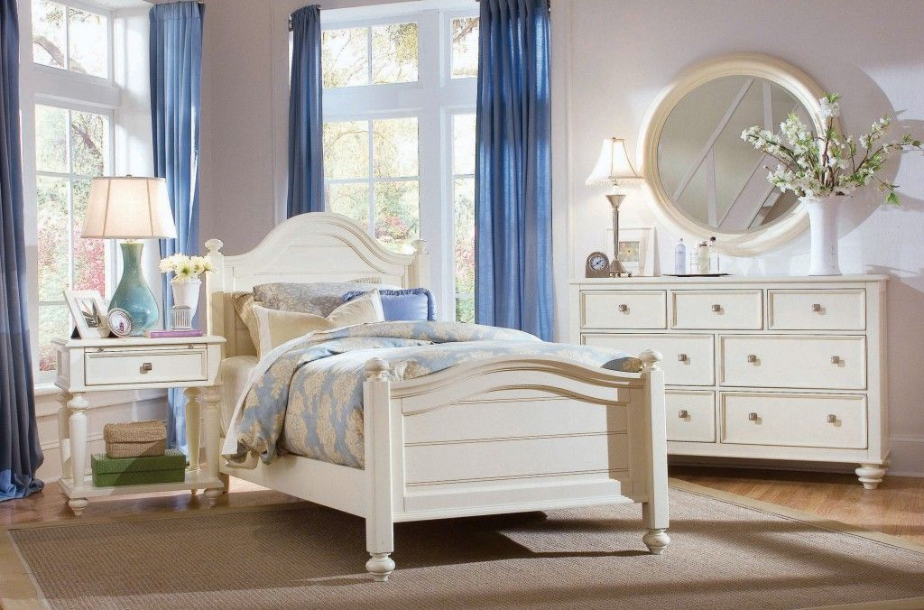 17 Best ideas about White Bedroom Furniture Sets on Pinterest   Bedroom  furniture sets  White bedroom furniture and White bedroom set. 17 Best ideas about White Bedroom Furniture Sets on Pinterest
