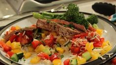 Lean in 15: The Body Coachs Mexican steak salad