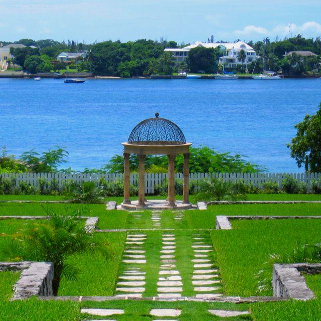 Beautiful Paradise Island, Nassau | Paradise island ...