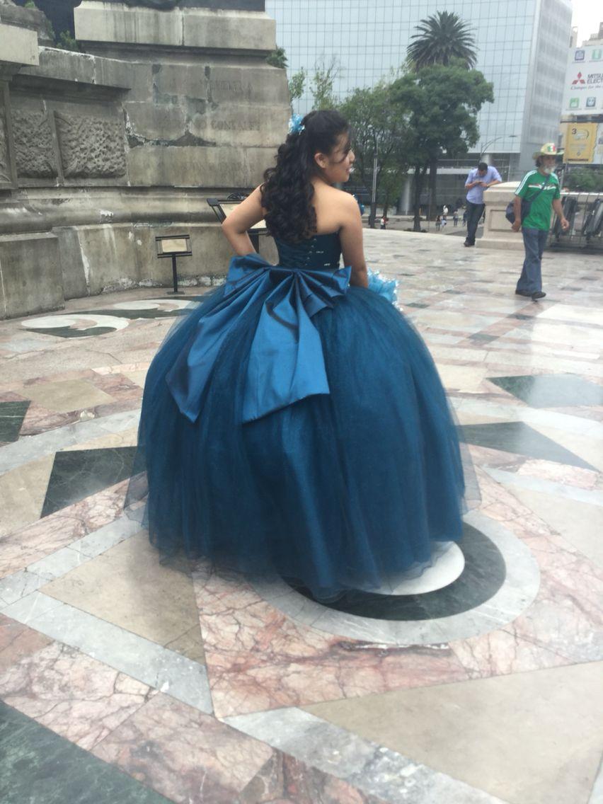 Vestidos color azul cobalto