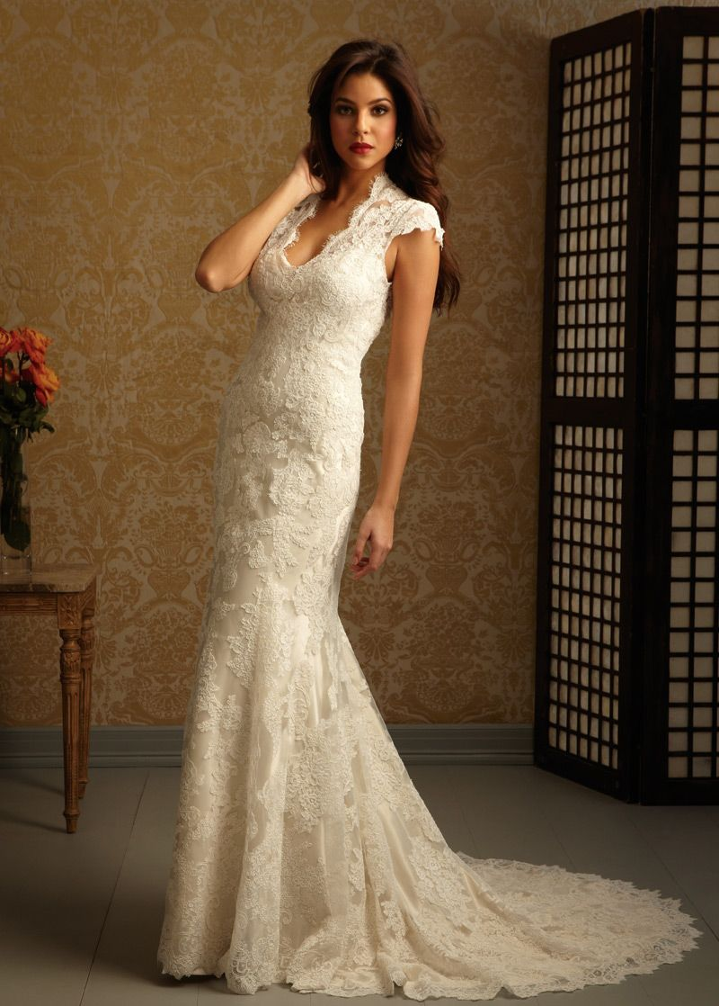 Buy discount glamorous lace u satin scoop neckline aline flower