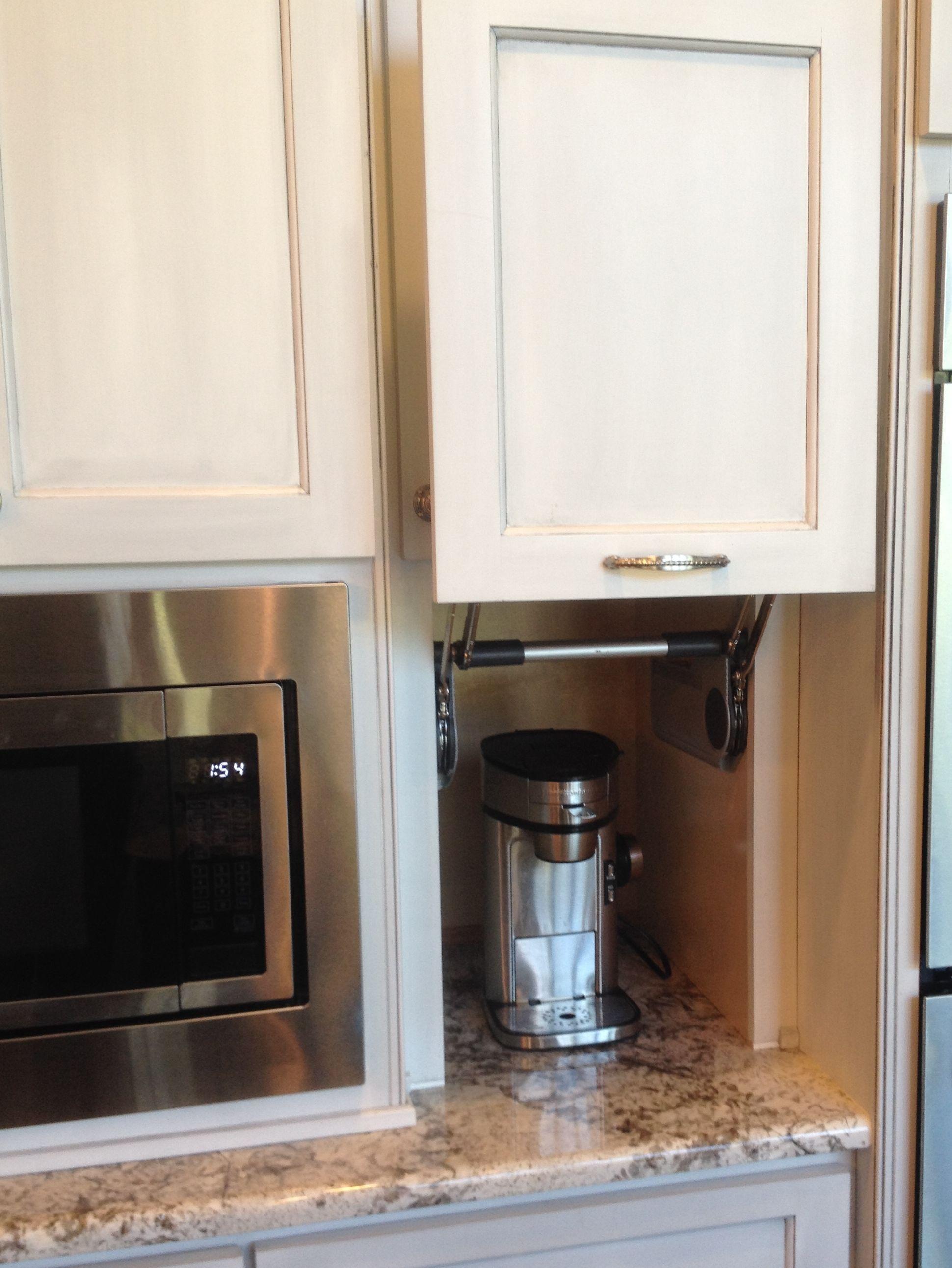 Dream kitchen appliance garage to hide my coffee maker for Dream kitchen appliances