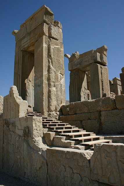 Remains Of Persepolis Iran 2500 Years Ago Ancient Persia Ancient Architecture Ancient Ruins