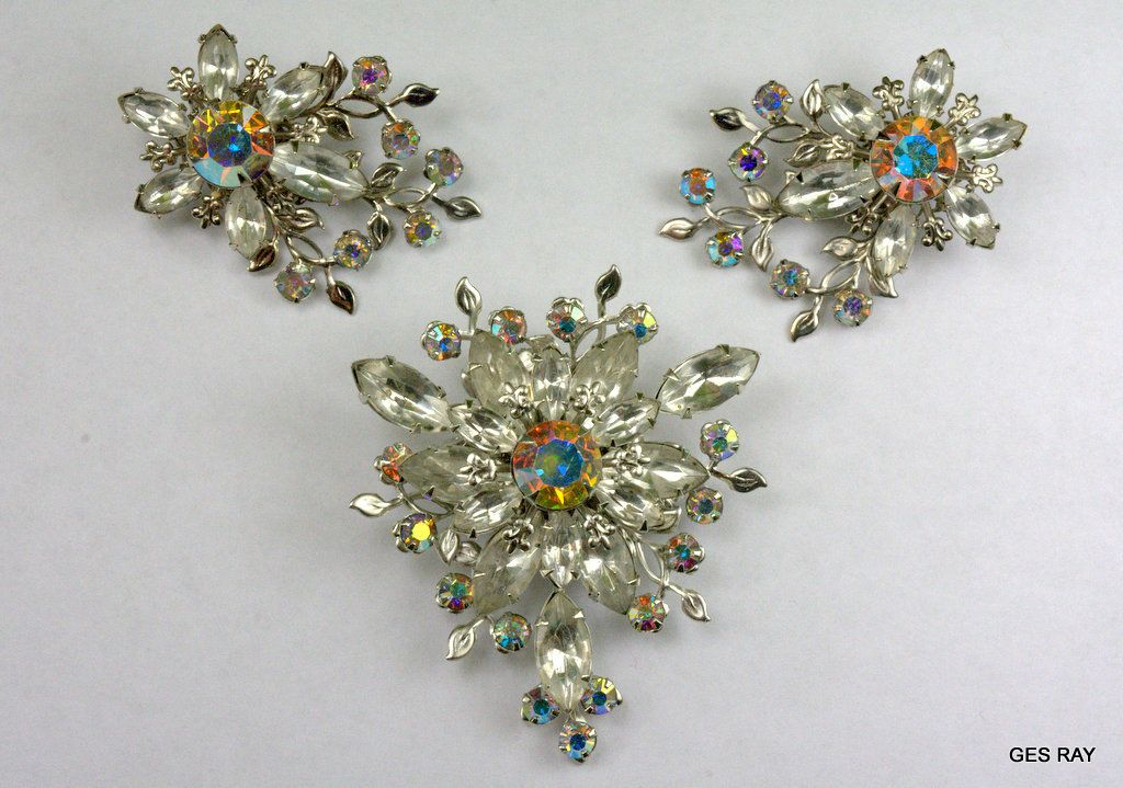 Vintage High End Crystal Rhinestone Gold Necklace and Earrings Demi Parure