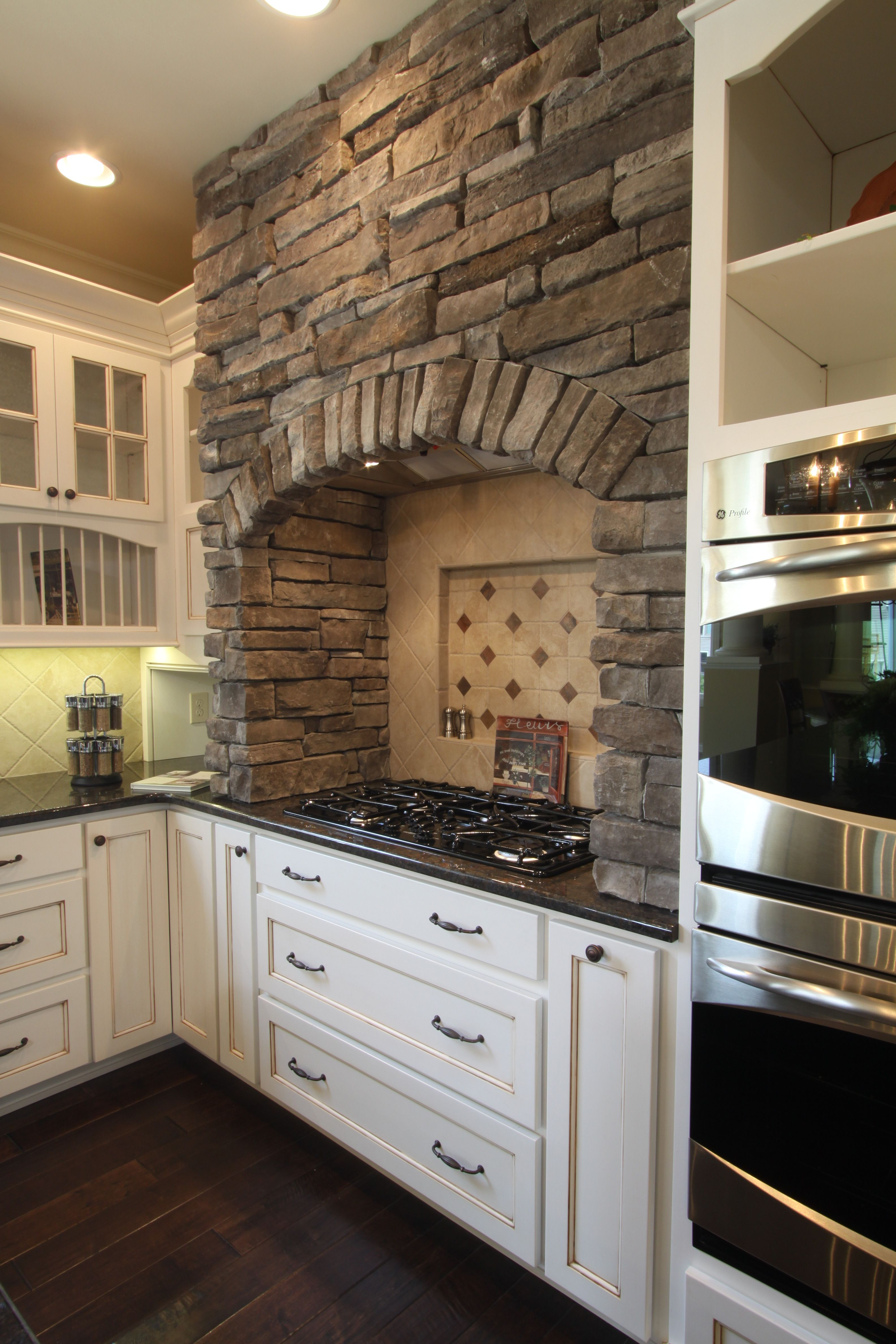 Kitchen Hood Design Pictures