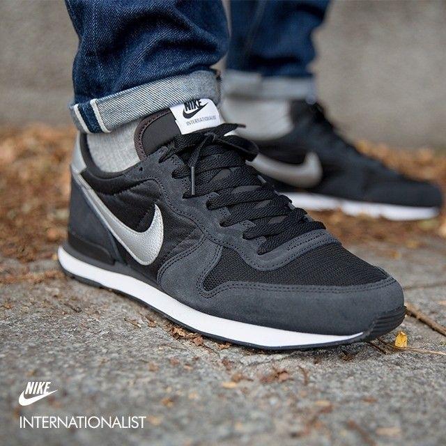 Pin By Konrad Borkowski On Kicks Nike Shoes Outfits Sneakers Men Fashion Mens Sneakers Casual