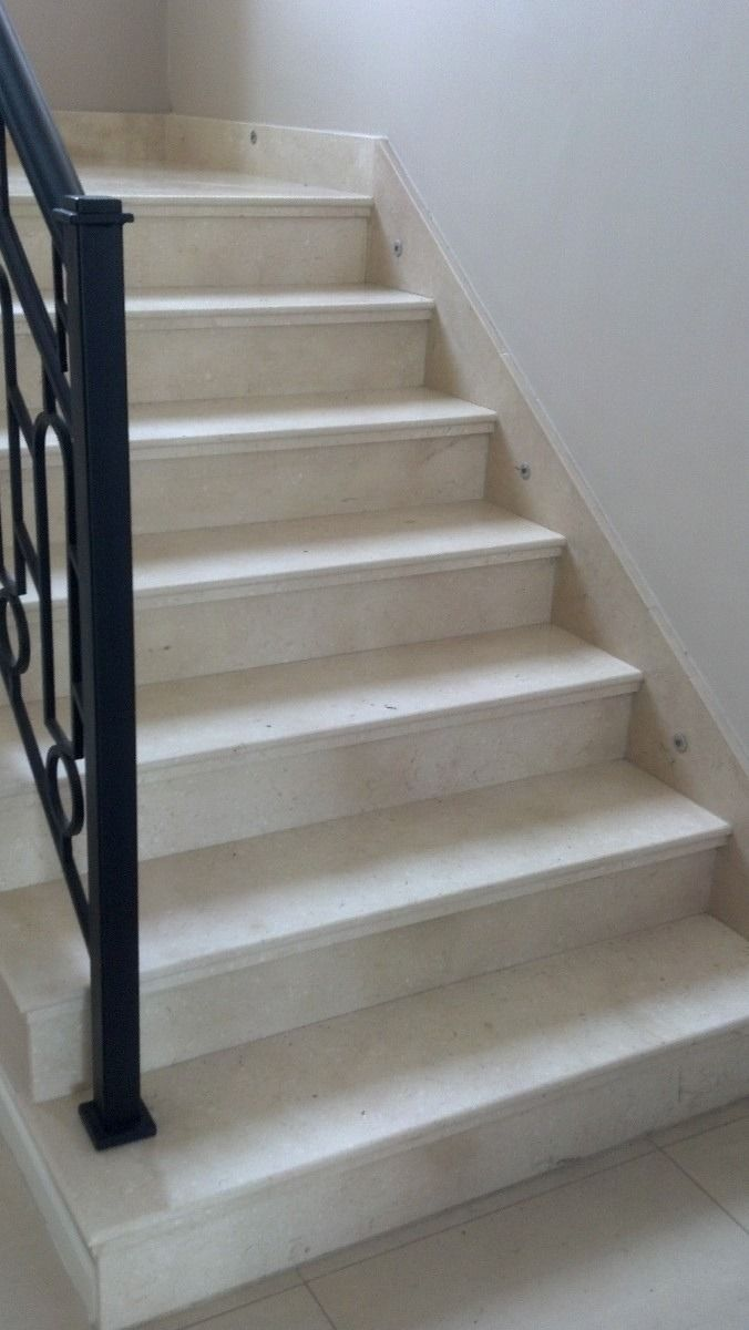 Porcelanato en escaleras buscar con google pisos for Modelos de escaleras de concreto para segundo piso