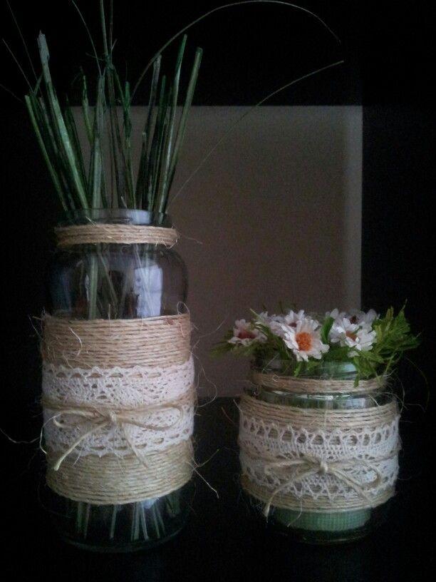 Tarros de cristal con cuerdas de soga fina y encaje for Jarrones de vidrio decorados
