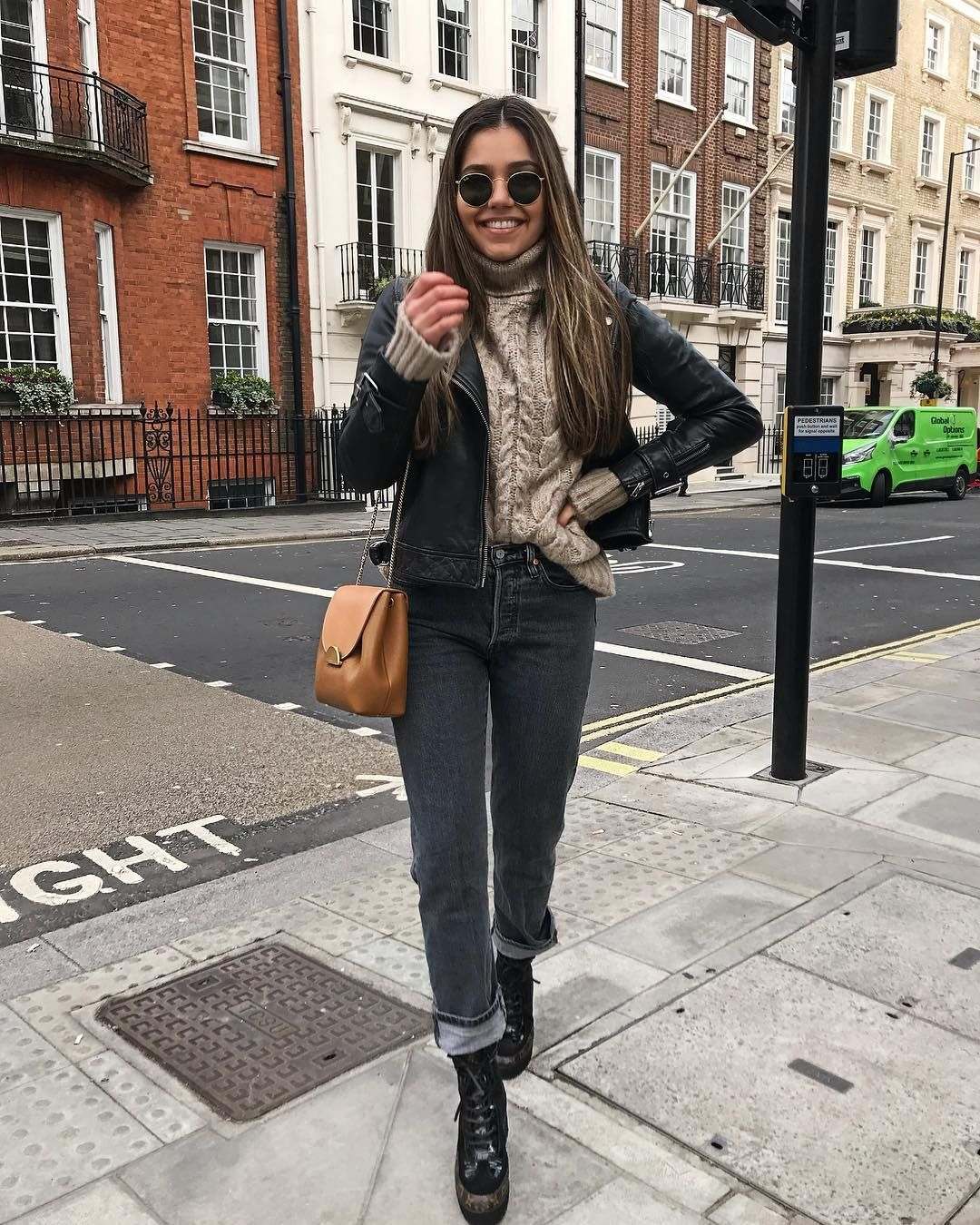 Yasmin On Instagram Finally It S Leather Jacket Weather Again Leather Jacket Winter Outfits Outfits [ 1350 x 1080 Pixel ]