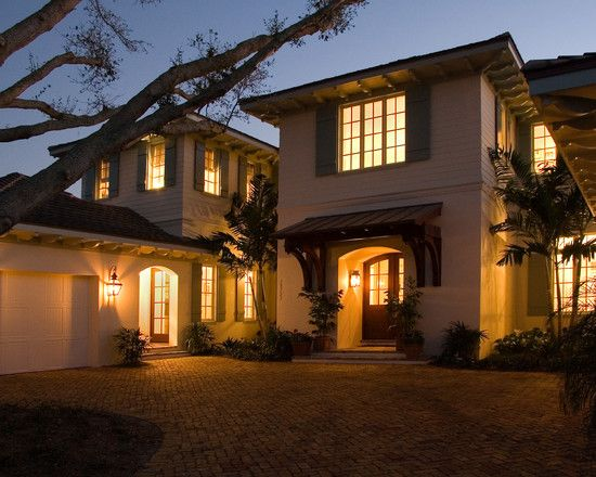 Enchanting Exterior Design in a Classic House : Striking British West Indies Residence Exterior Romantic Dusk View