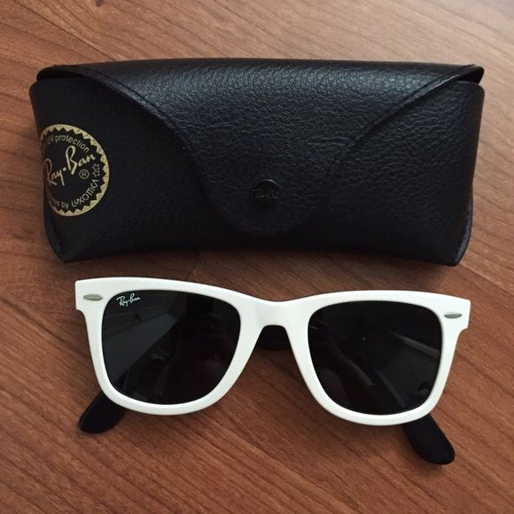 ed8ef707628 Ray Ban Wayfarer RB 2140 956 Guaranteed authentic Ray Ban Wayfarer RB2140  956. White frames