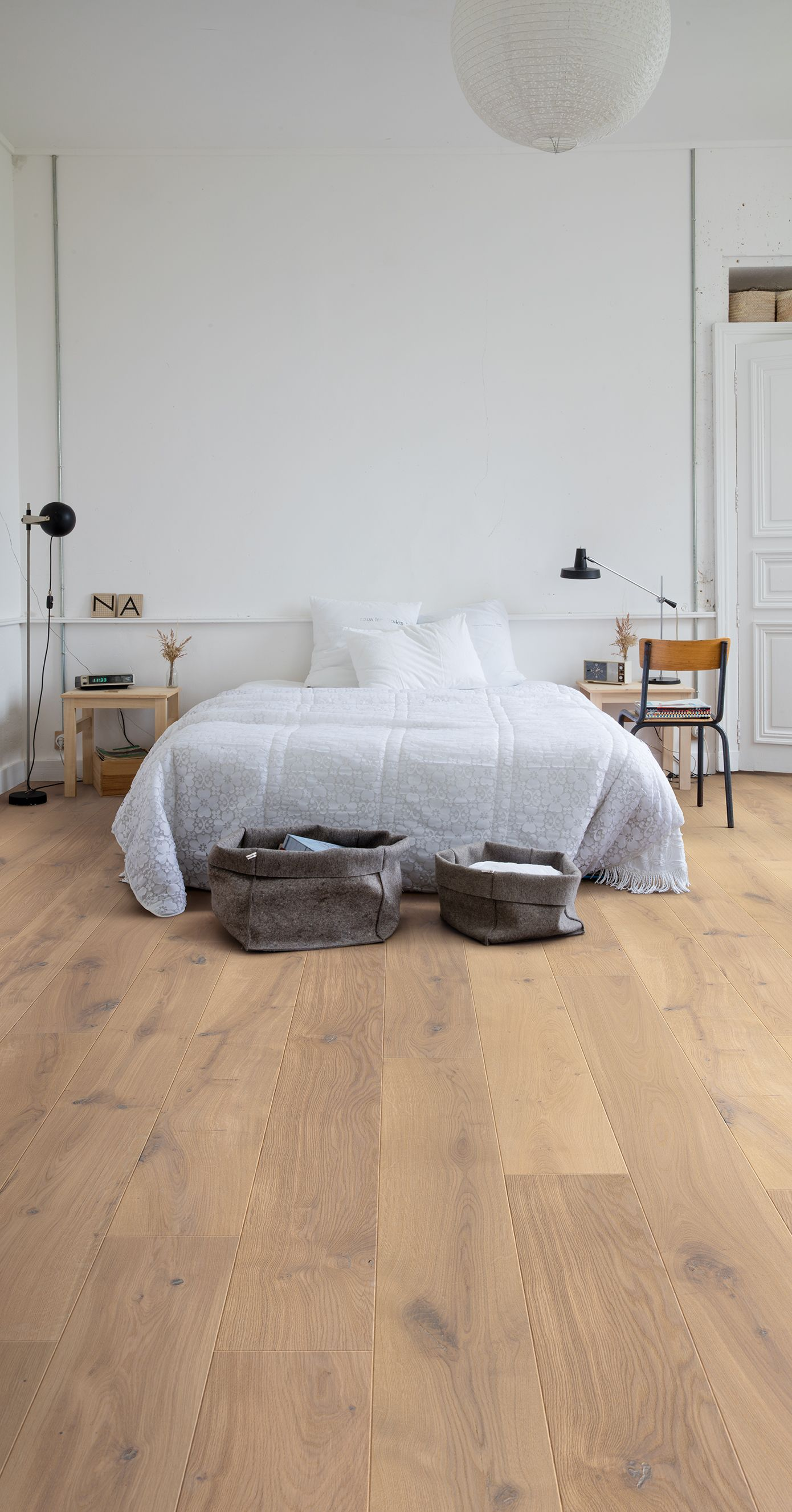 Picking The Right Bedroom Floor Doesn T Hen Overnight Here S All You Need To Know Find Flooring Of Your Dreams
