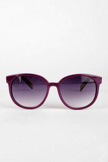 http://www.tobi.com/product/43296-joia-cali-sunglasses?color_id=54433