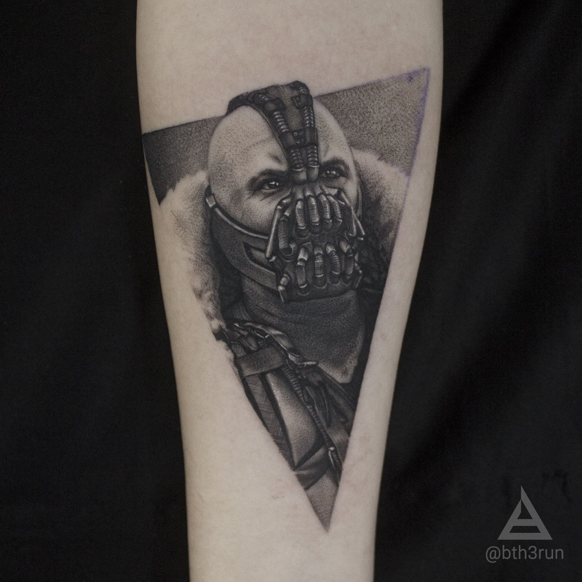 Bane Dark Knight Rises Tattoo By Bth3run Knight Tattoo Jack