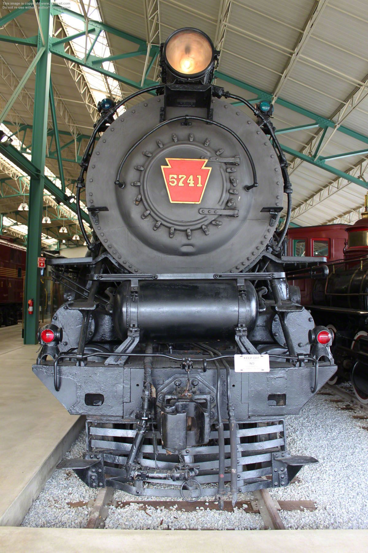 A Locomotive Headlamp Or Headlight Is A Lamp Usually Attached To The Top Or Front Of An Engine With The Purpose Of Lighting Up L Locomotive Train Lamp Train
