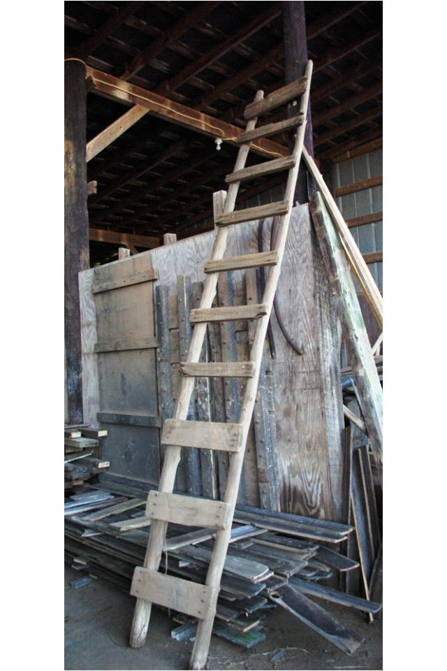 Old Barn Wood Ladder How Fun Would This Be Used In Your Home To Decorate With Super Fun Old Barn Wood Ladder Old Barn Wood