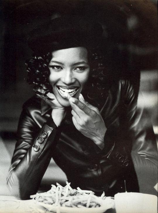 Vogue Italia November 1994, Un Capo in Pelle  Naomi Campbell by Pamela Hanson