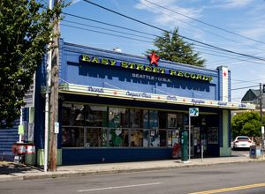 Easy Street Records Queen Anne Store Closing January 18, 2013. Seattle will miss you!