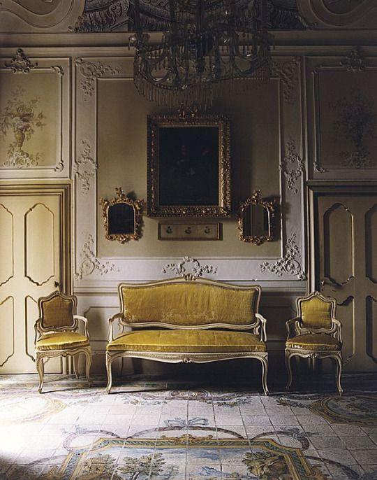 Italian Style In Sicily Traditional InteriorClassic InteriorGeorgian InteriorsHouse
