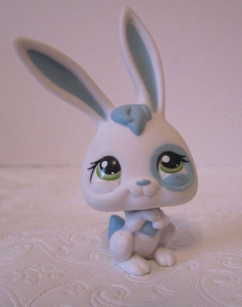 Littlest Pet Shop Lps White Blue Rabbit Green Eyes Blue Tail