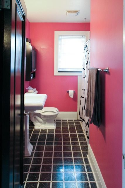 fascinating hot pink black bathroom | The Pineapple Housewife's Happy Home House Tour | Hot pink ...