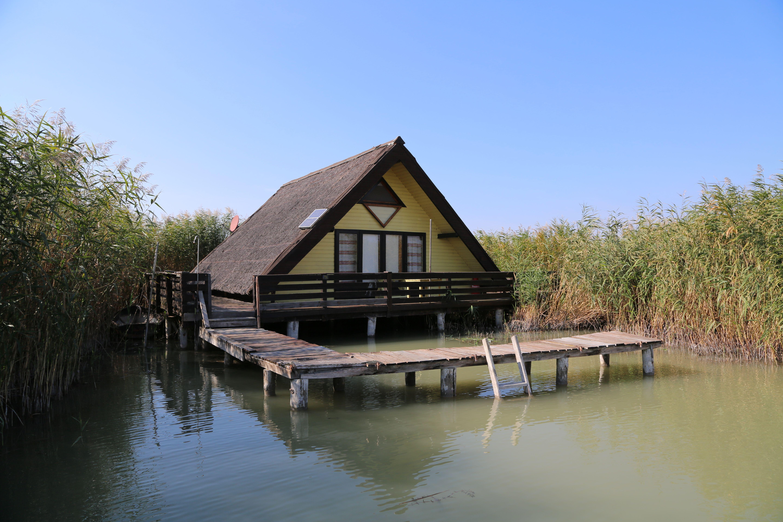 Seehütte in Rust am Neusiedlersee, Burgenland Pfahlbau
