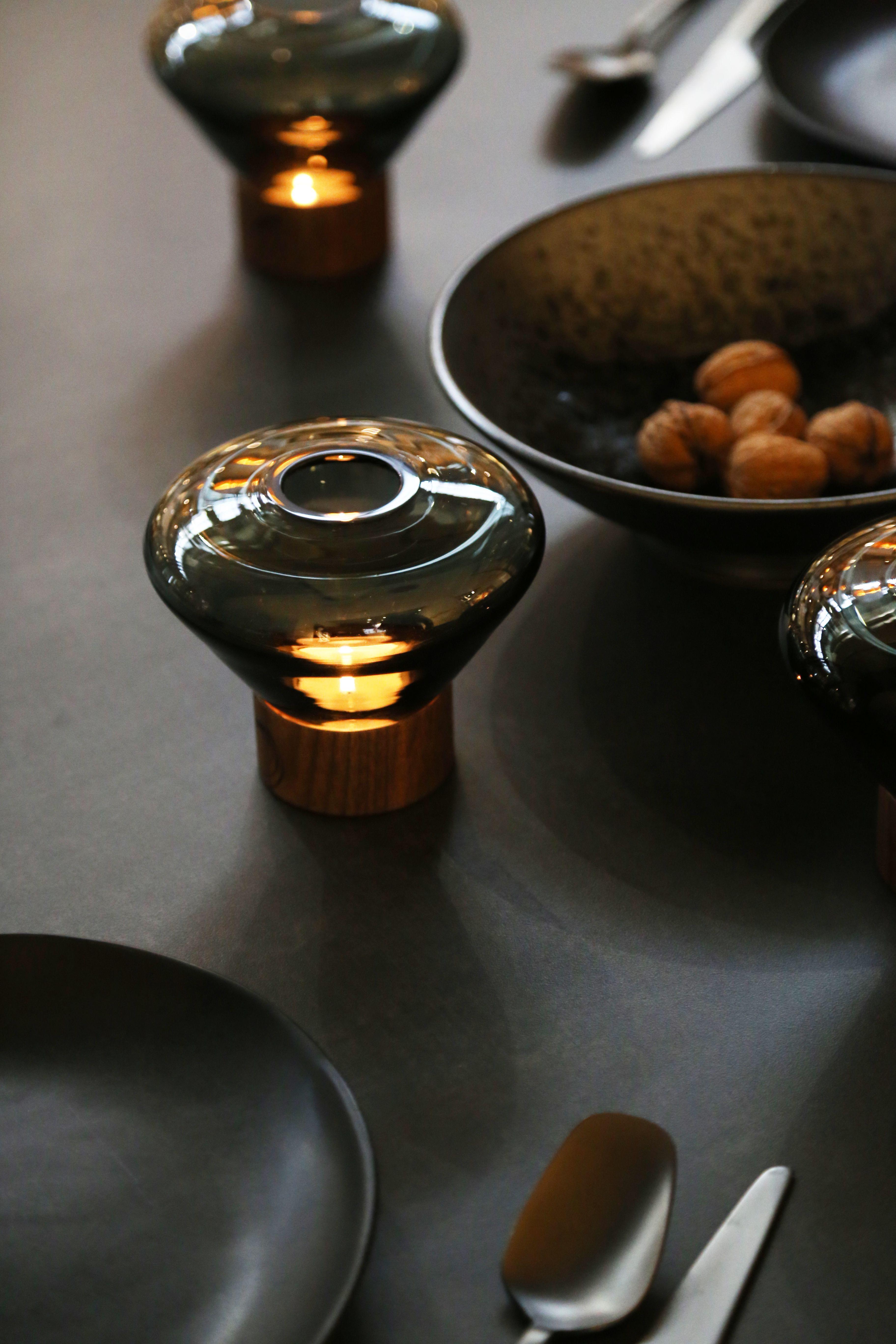 Dan Yeffet & Lucie Koldova muffins candelholder - lucie koldova & dan yeffet photo: jan
