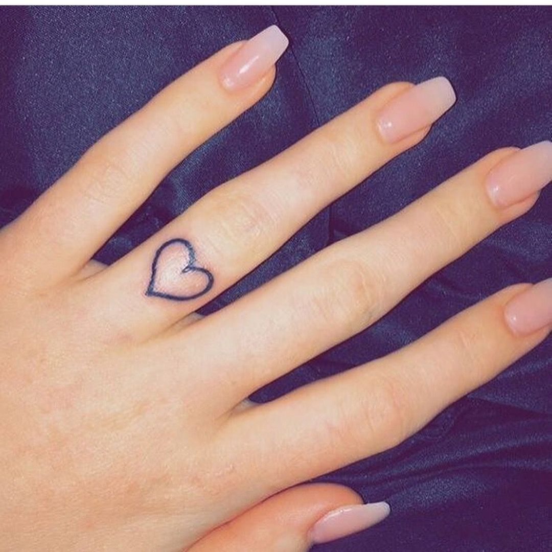 Pin by Babygirlxx 💯 on Tats N Piercings Heart tattoo