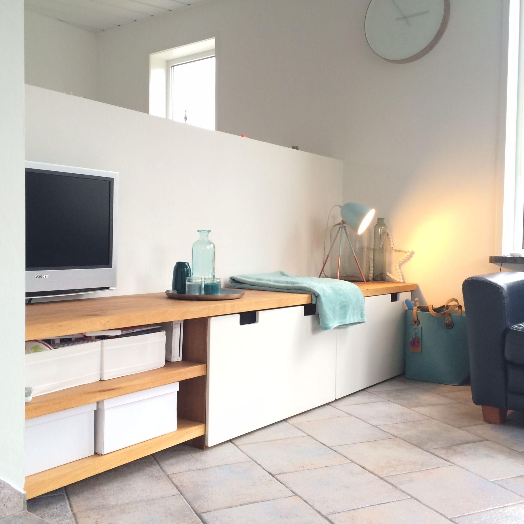 IKEA hack Tv meubel / tafel STUVA laden met eiken blad
