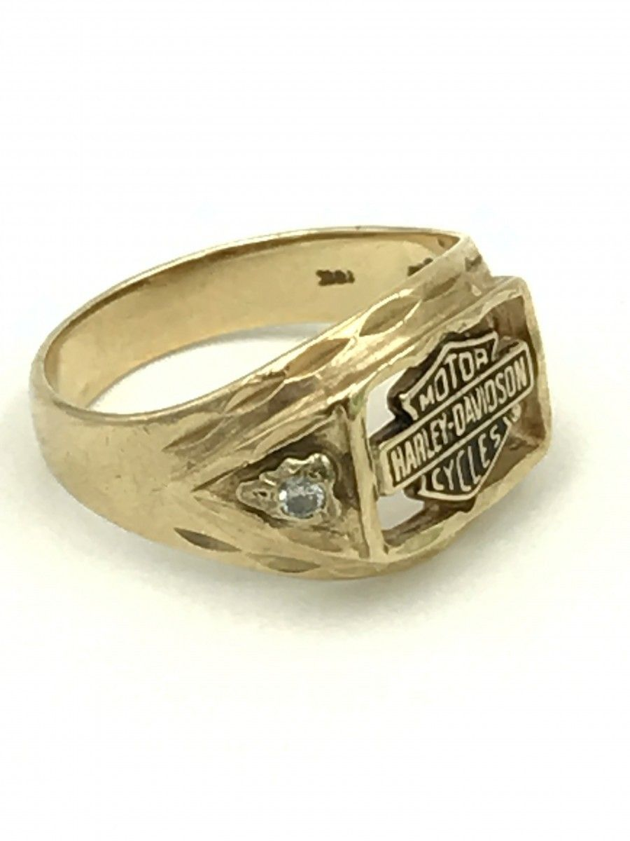 It is just a graphic of Yellow Gold Harley Davidson Stamper Mens Diamond Ring Size 39