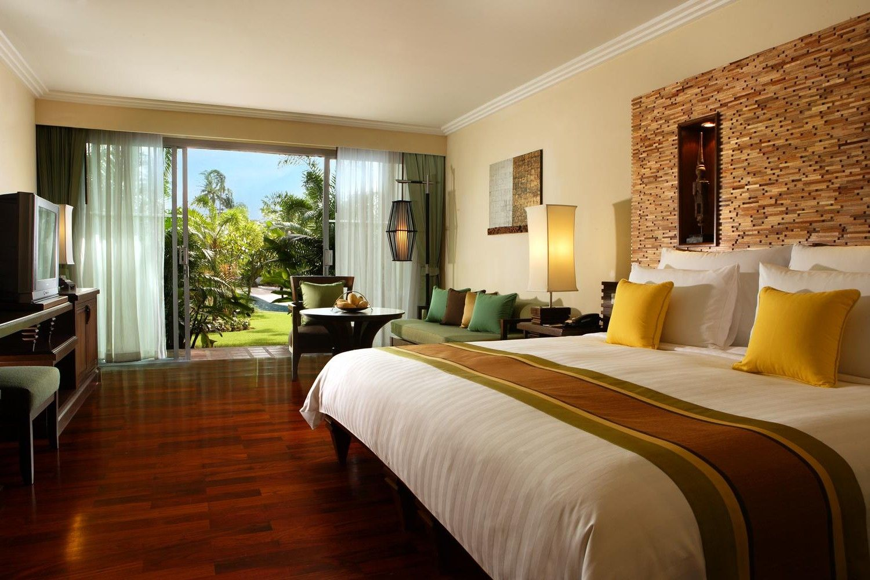 Deluxe Bedroom Interior Design Ideas For Large Interior Bedroom