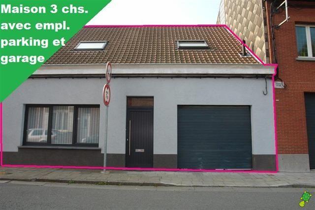 Maison louer mouscron 600 belle maison avec s jour tr s lumineux cuisine quip e salle - Tres belle cuisine equipee ...