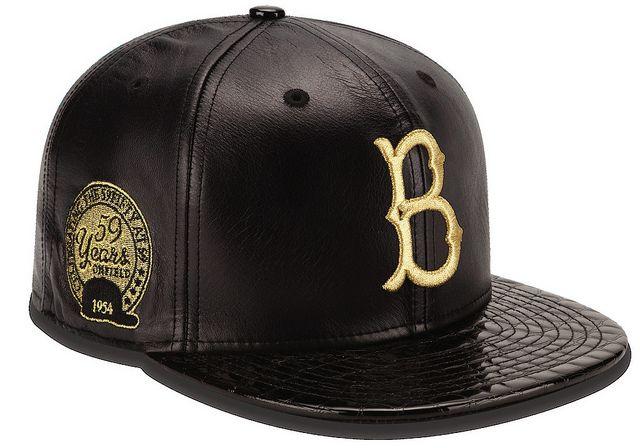 aae12df1146c7 Esplode la moda dei cappelli e New Era propone la limited edition ...