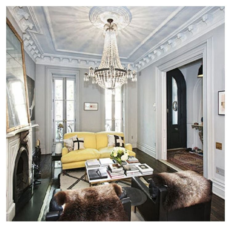 Living Room Ceiling Design Director: Apt In Brooklyn, Jenna Lyons