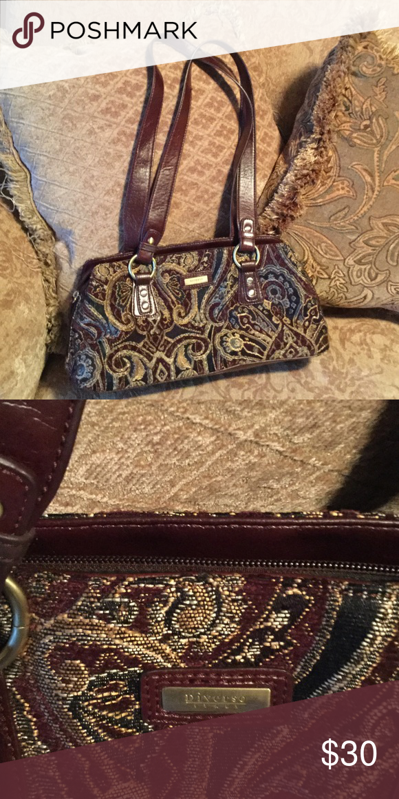 Diverso Italy Handbag Excellent Like New Condition Genuine Leather Straps 14 Long 7 High Burgundy Golds Material 4 Compartments Inside 1 Zipper