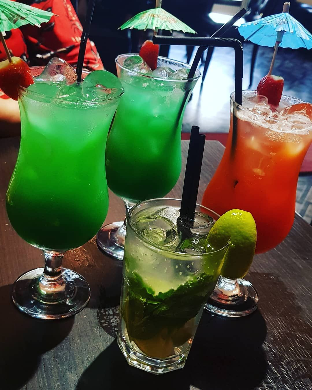 Drinks With My Girls In 2020 Glassware Hurricane Glass Tableware