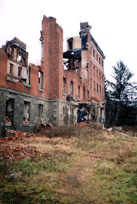 Ruins Of Creepy College Ellicott City Md Places Time