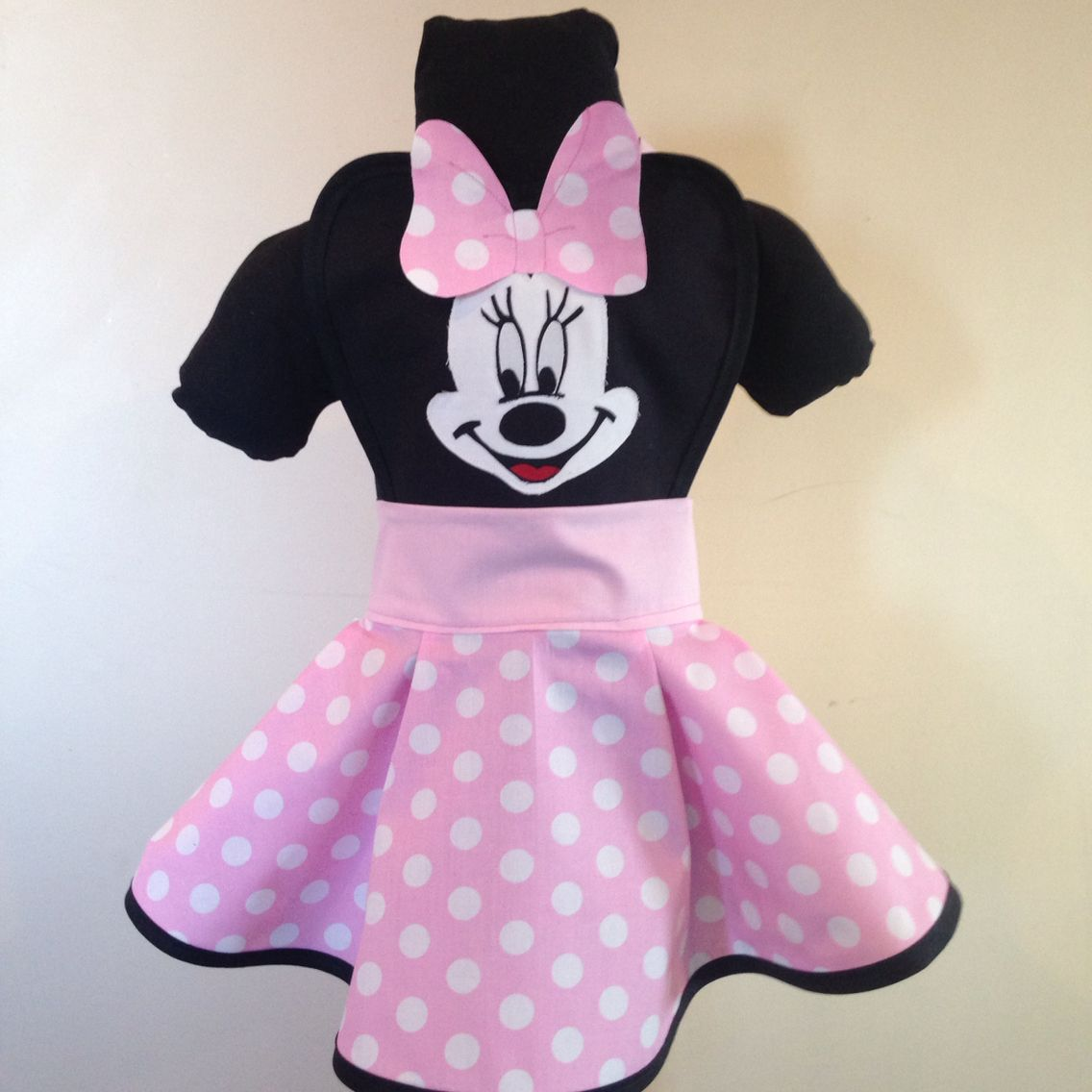 Minnie mouse cosplay aprons pinterest minnie mouse apron and