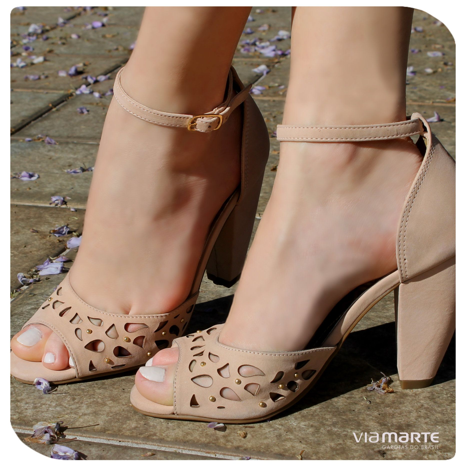 0b494c92bab15 Nude - salto médio - Ref. 13-17501 | Curtir!!! | Sapatos, Sapatos ...