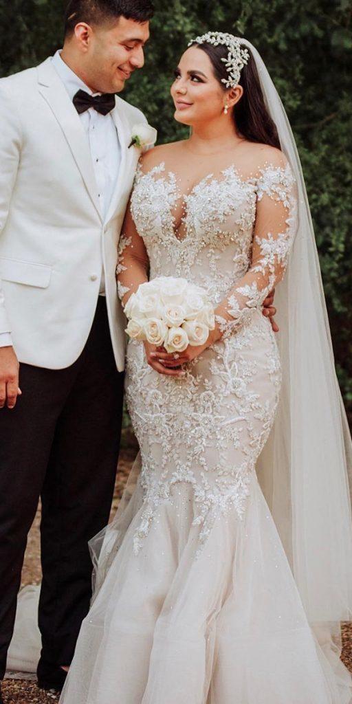 Anmutige Brautkleider in Übergröße ★ Weitere Informationen: weddingdressesgui … #bridalgow … – New Ideas