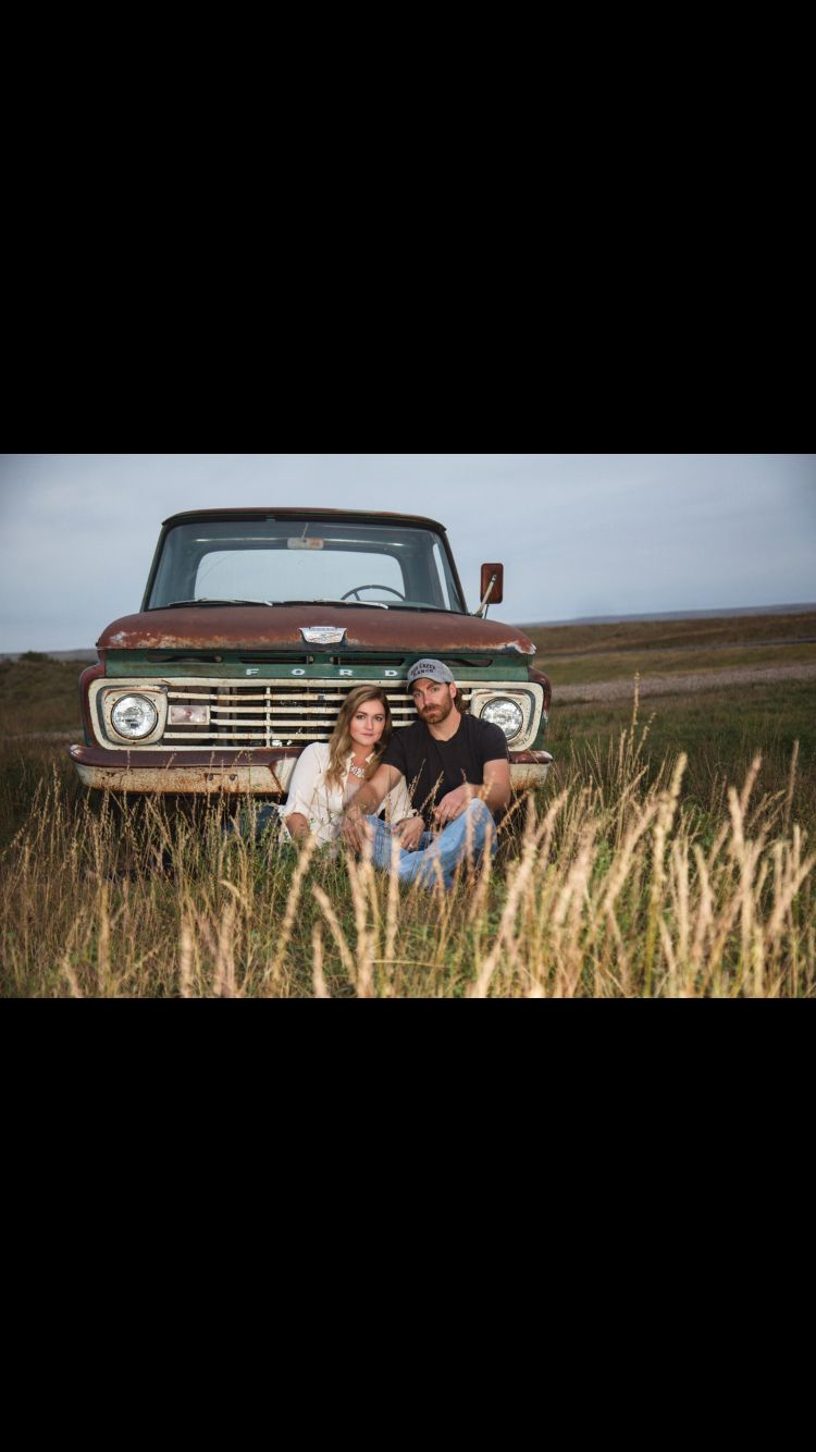 Rustic engagement pictures