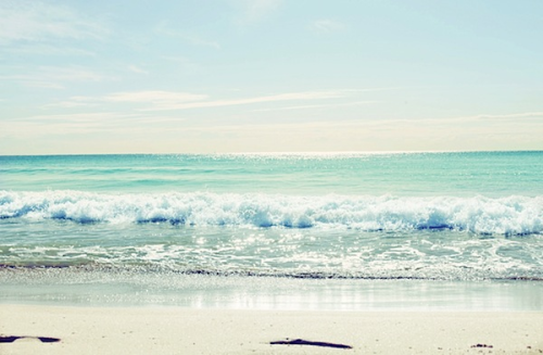 I dream of summer days and trips to the beach