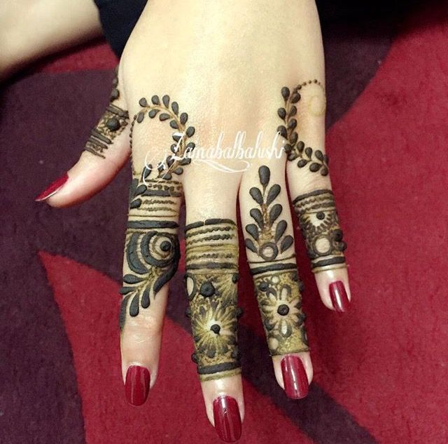 99 brilliant ideas of mehndi designs & patterns for 2019 page (45 is part of Mehndi designs, Henna designs, Mehndi designs for fingers, Arabic henna designs, Henna, Mehndi - 99 brilliant ideas of mehndi designs & patterns for 2019 page (45)