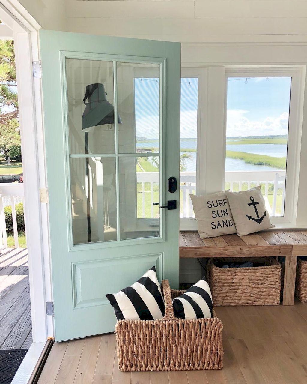 Awesome Beach House Inspirations For Summer Home Decor #coastallivingrooms