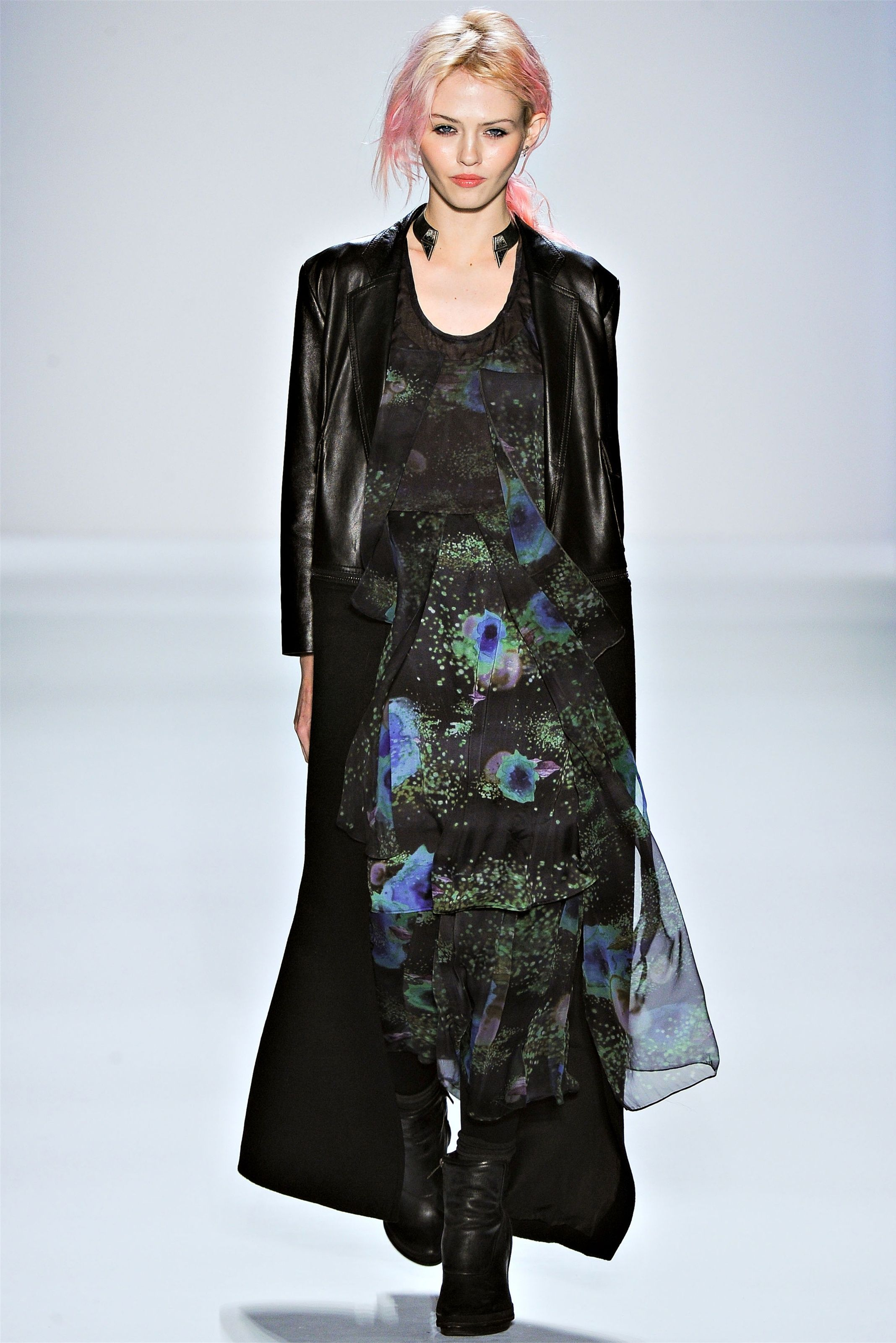 charlotte free at timo weiland