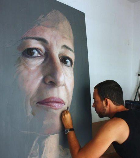 Ruben Belloso Adorna  -Le portrait d'une femme mûre réalisé au pastel