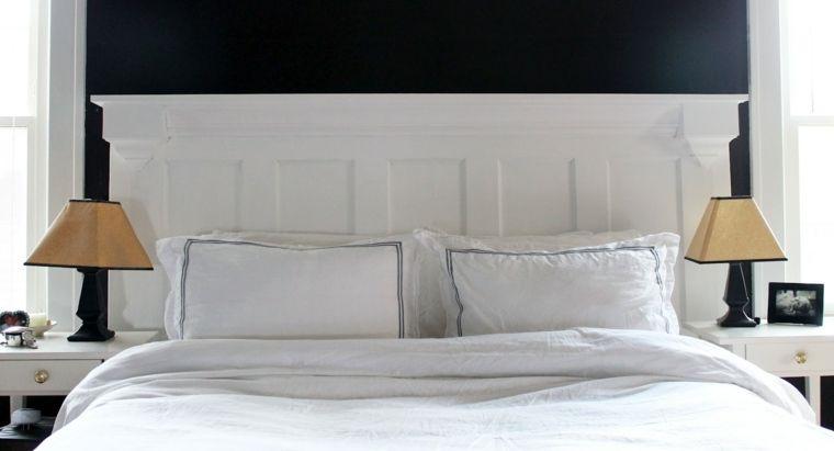 fabriquer une tête de lit en bois avec une porte | têtes de lit en